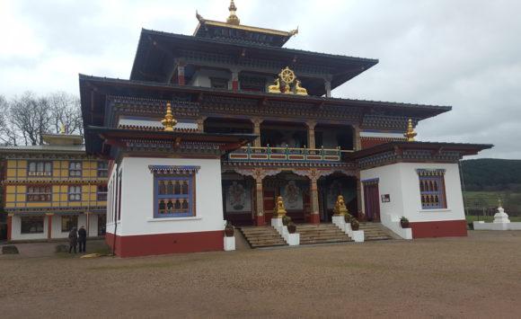 Temple Bouddhiste Tibétain à la BOULAYE (71)